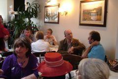 1.-groups-enjoy-chat